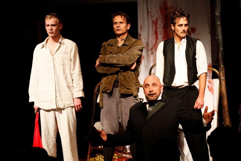 06a theater 89_Wer ist die Waffe, wo ist der Feind (3)