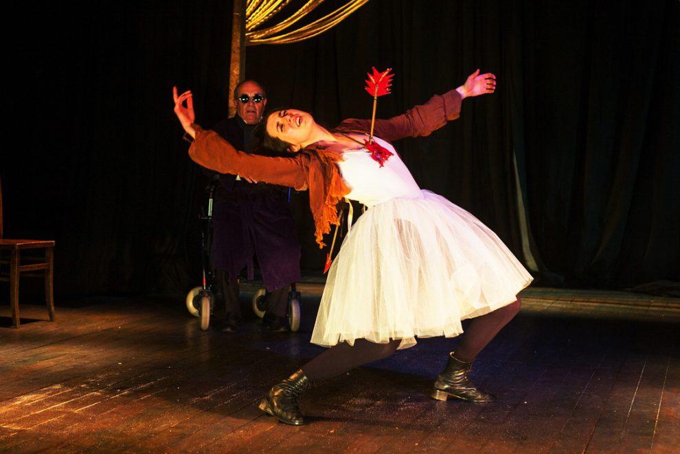 09a Pressefoto Ton und Kirschen Wandertheater_Shakespeares Sonette Foto Jean-Pierre Estournet (3)